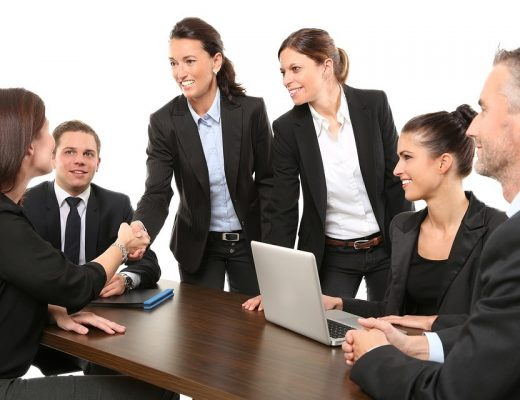 How-Mediation-Can-Help-Small-Businesses-520x400