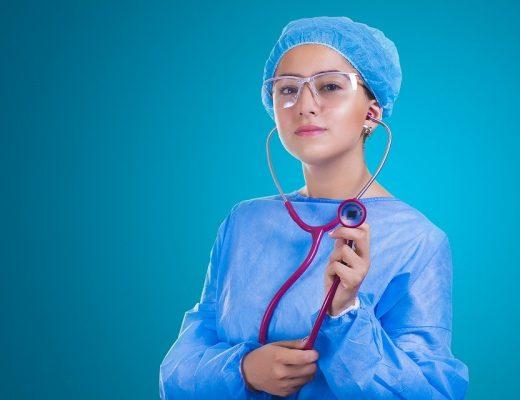 nurse-2141808_960_720-520x400