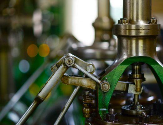 machine-mill-industry-steam-633850-520x400