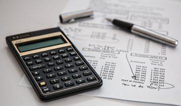calculator-calculation-insurance-finance-53621-357x210