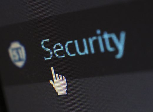 security-protection-anti-virus-software-60504-520x380