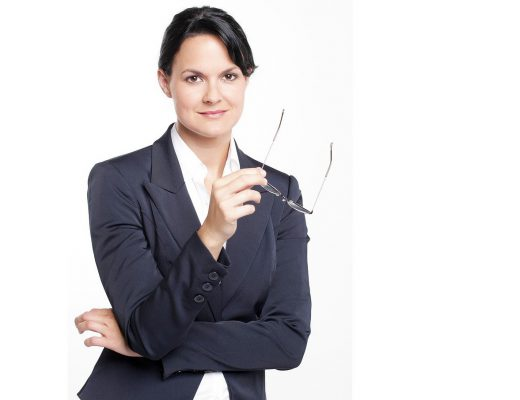 business-woman-2756210_1280-520x400