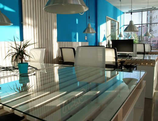 office-space-1744803_1280-520x400