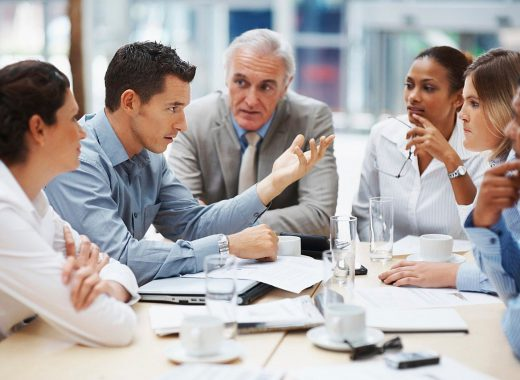 business-meeting-5395567_1280-520x380
