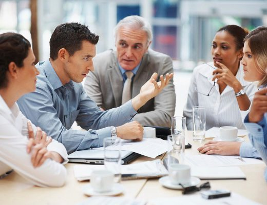 business-meeting-5395567_1280-520x400