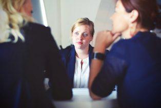 adult-advice-businesswoman-70292-314x210