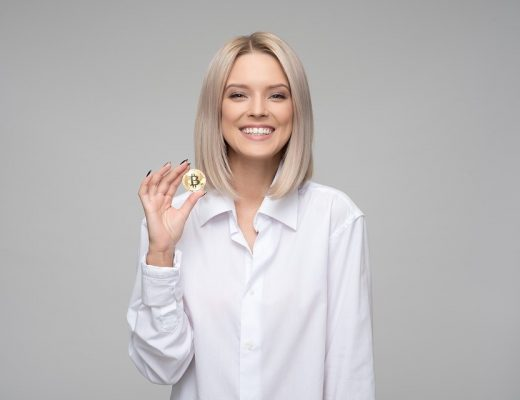 cryptocurrency-3435863_960_720-520x400