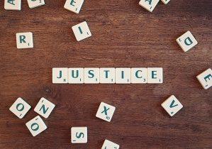 justice-2755765_640-299x210
