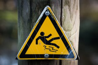 sign-slippery-wet-caution-315x210