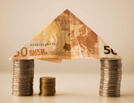 house-money-capitalism-fortune-12619-520x400