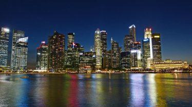 singapore-river-255116_1280-374x210