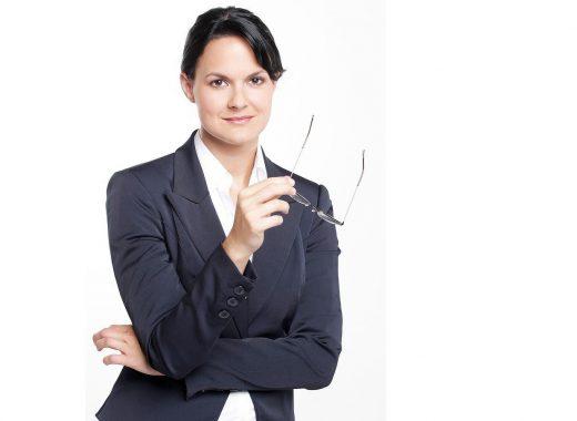business-woman-2756210_1280-520x380