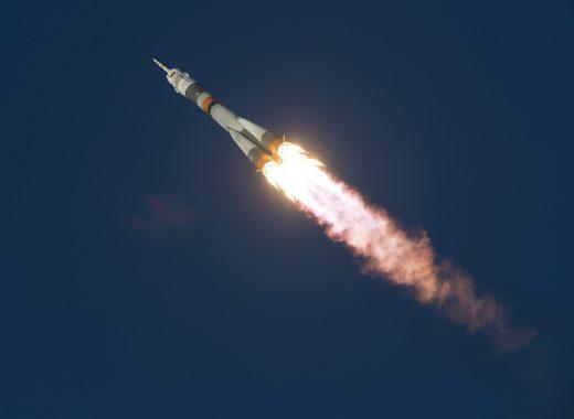 soyuz-launch-1099402_1280-520x380