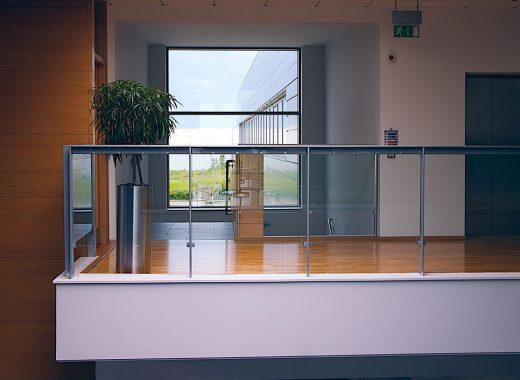 modern-office-1044807_1280-520x380