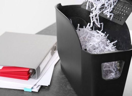 CleanManagementEnvironmentalGroup-74908-Destroy-Personal-Documents-image1-520x380