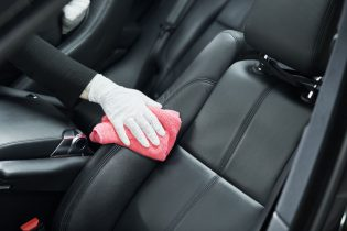 Different-Ways-To-Maintain-Your-Fleet-Vehicles-315x210