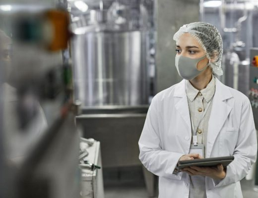 Top-Risks-in-the-Food-Processing-Industry-520x400