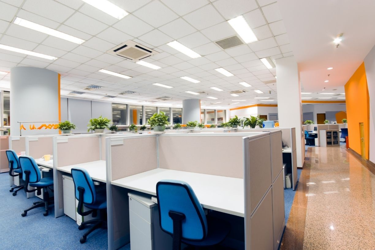 What-To-Consider-When-Choosing-Lighting-for-Your-New-Office