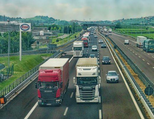 highway-3392100_1280-520x400